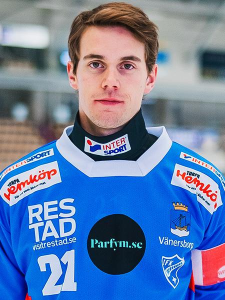 21 Emil Viklund